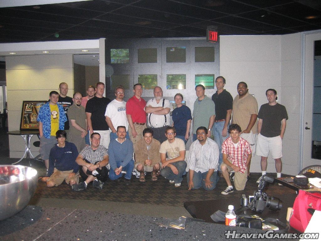 Webmasters in the Front Row, ES employees in the back row.